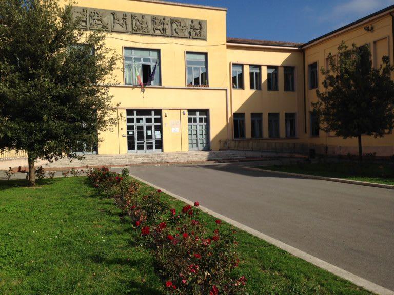 Prato: a che punto siamo con la riapertura delle scuole
