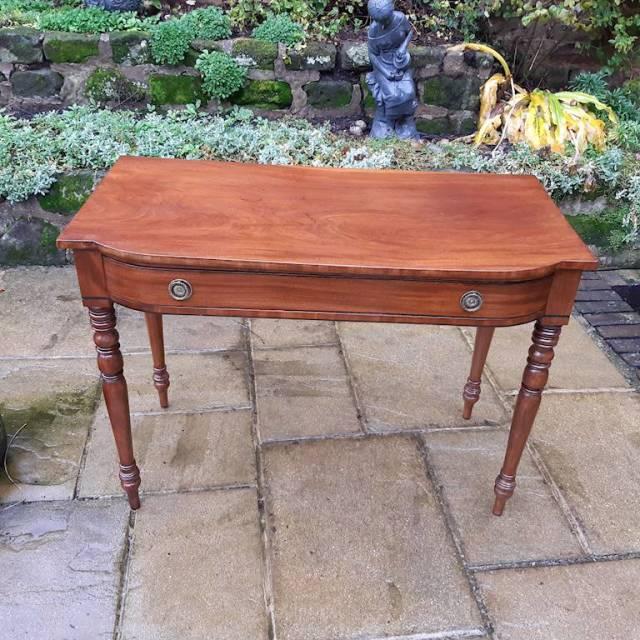 Regency mahogany dressing or side table