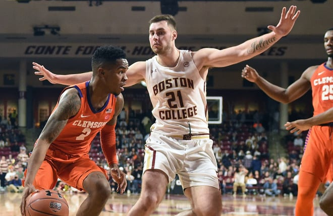 Al-Amir Dawes posted a game-high 22 points Saturday in Clemson's road win over Boston College.