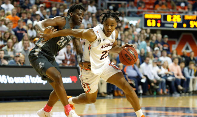 AuburnSports - 'Nightmare matchup' Isaac Okoro leads Auburn down the stretch