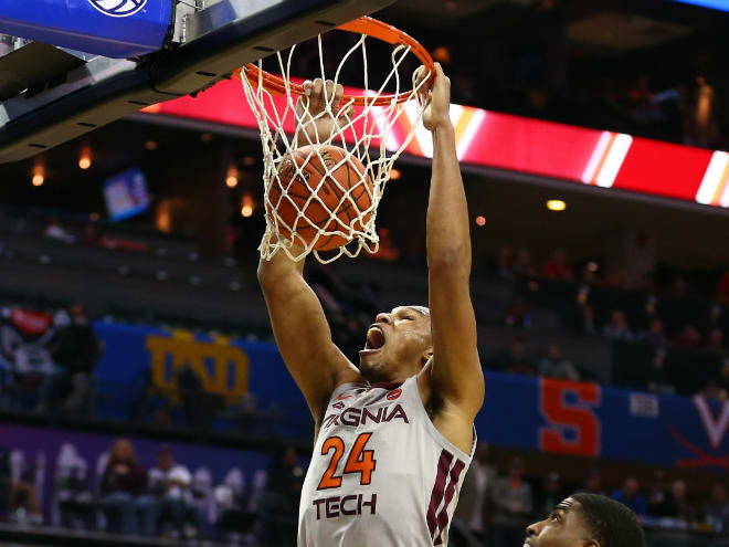 Coveted grad transfer Blackshear commits to Florida