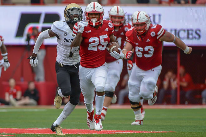 Nebraska RB Greg Bell leaves team, gets scholarship release