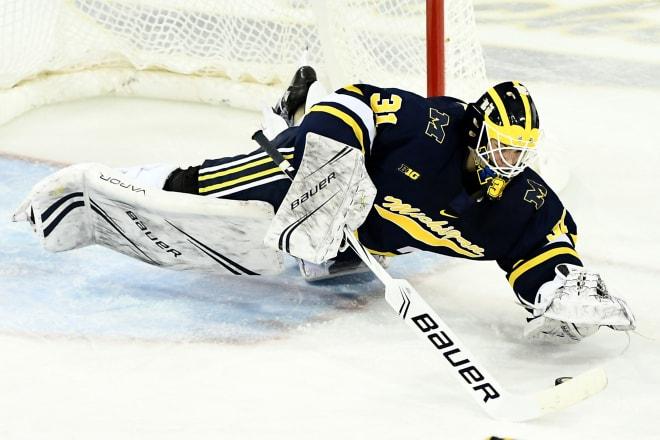 TheWolverine - Michigan Wolverines Hockey Sweeps Lake Superior State