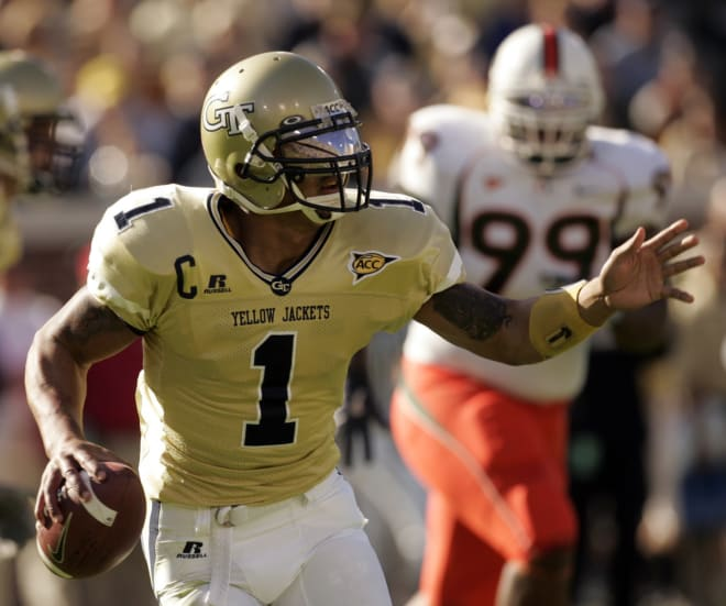 Reggie Ball on the move against Miami on October 28, 2006 in Bobby Dodd Stadium