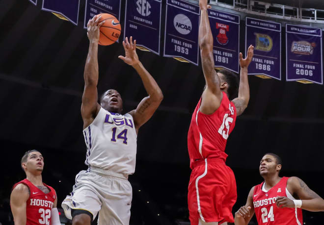 LSU basketball falls to Alabama, 74-66