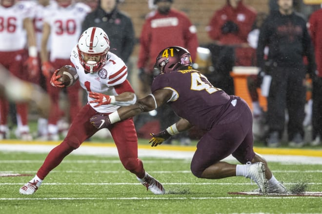 """Scott Frost expects freshman Wan'Dale Robinson to """"be fine."""""""