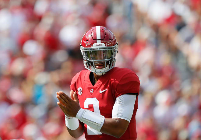 Bamainsider Jalen Hurts Plays As Alabama Crimson Tide