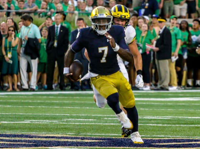 Notre Dame QB Brandon Wimbush transferring to UCF