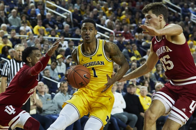 Michigan moves to 15-0 with 74-63 victory over Indiana