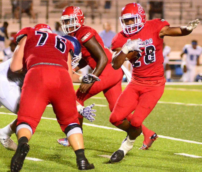Thehilltopics Com Commit Nick Dennis Talks Navarro Trio Coach