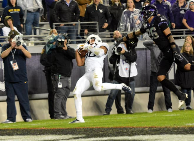 Wvsports Doege Delivers For West Virginia Football In