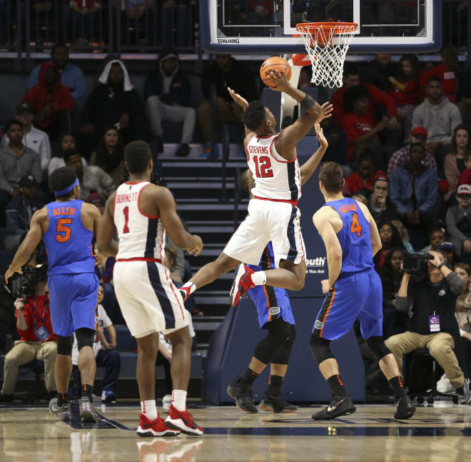 Ole Miss beats Florida with strong inside game