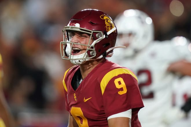 USC freshman quarterback Kedon Slovis completed 28 of 33 passes for 377 yards, 3 touchdowns and 0 interceptions Saturday night against Stanford.