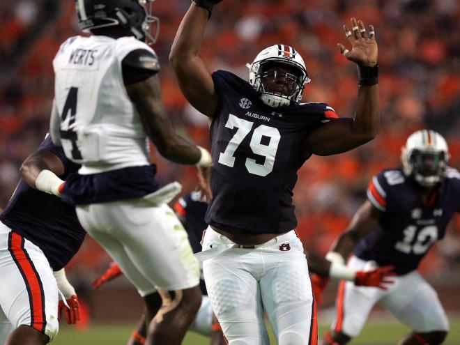 Auburn grants defensive tackle Byron Cowart his release