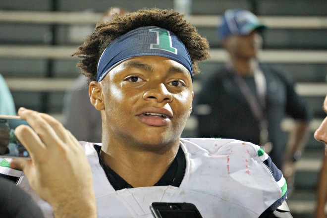 Nation's No. 1 recruit Justin Fields commits to Georgia over Alabama, Auburn