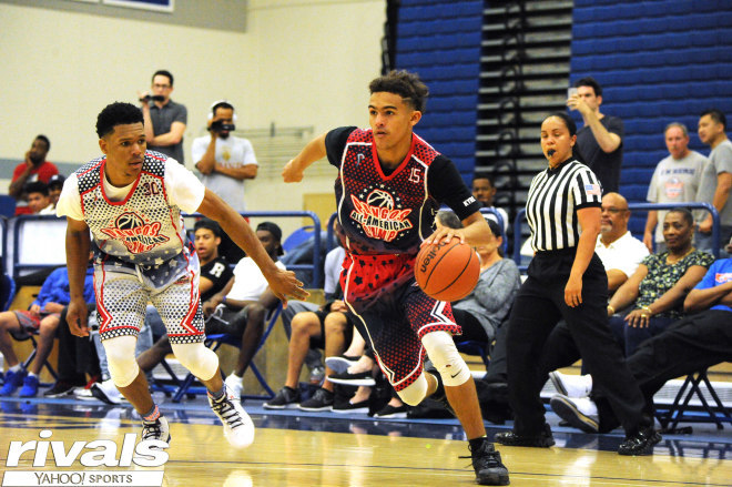 Star high school point guard Trae Young commits to Oklahoma