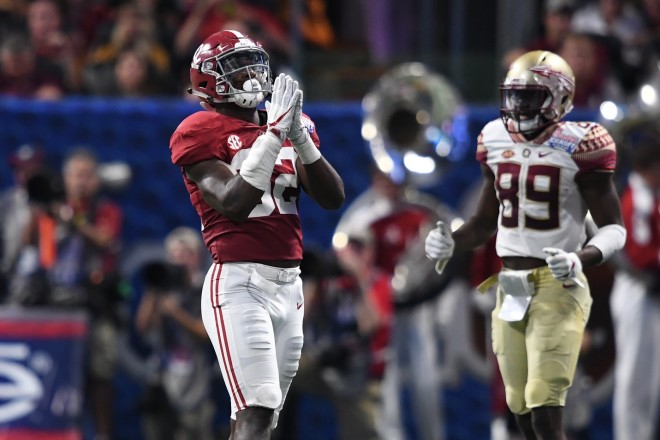 Hurts leads No. 1 Alabama past Fresno State