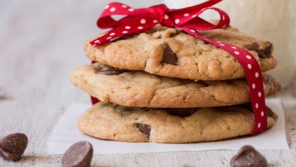 Eggnog Dark Chocolate Chip Cookies
