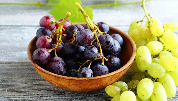 Fruit: Grapes