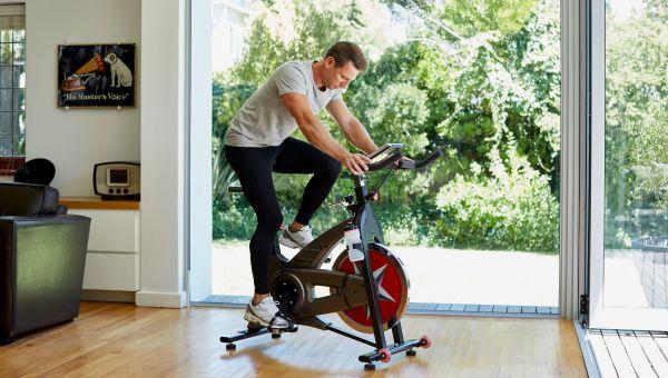 Do a virtual exercise routine