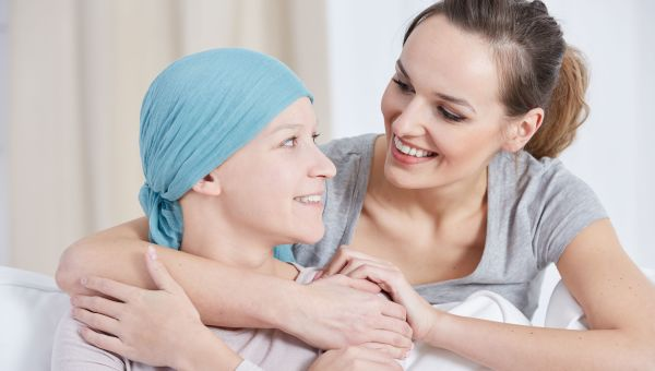 How to Show Support to a Friend With Metastatic Breast Cancer