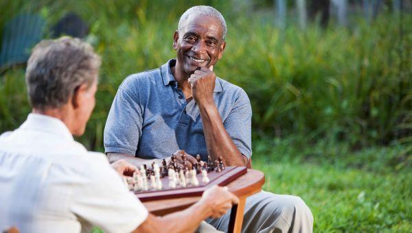 Caregiver Corner: 5 Ways to Help a Friend With Cancer