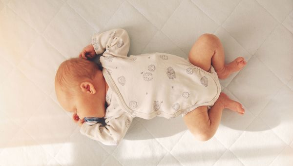 Ways to Keep Your Baby Safe While Sleeping