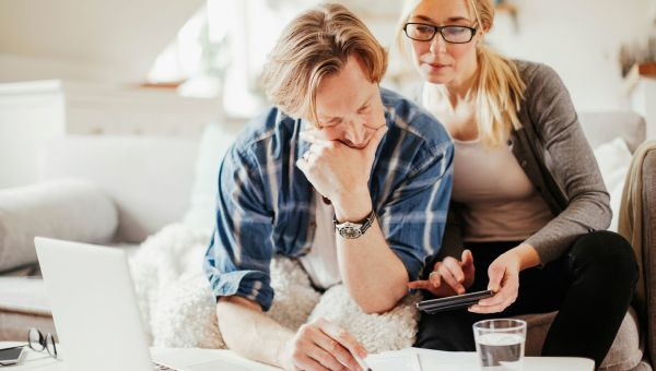 How to Weather the COVID-19 Financial Storm in Your 40s and 50s