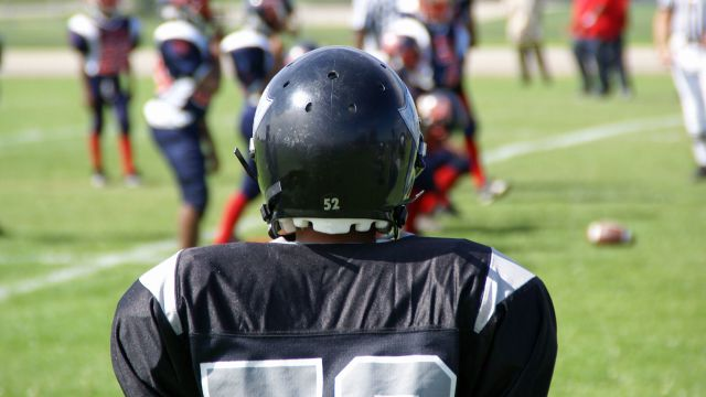 What Helmet Should Children Wear When Playing Football?