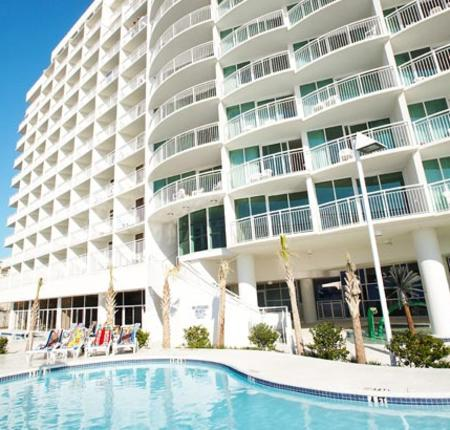 Sandy Beach Resort - 10% Off When You Stay 4 Nights or More!
