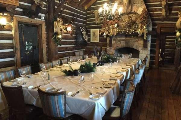 Cena para Despedir el Año en Rainbow Lodge