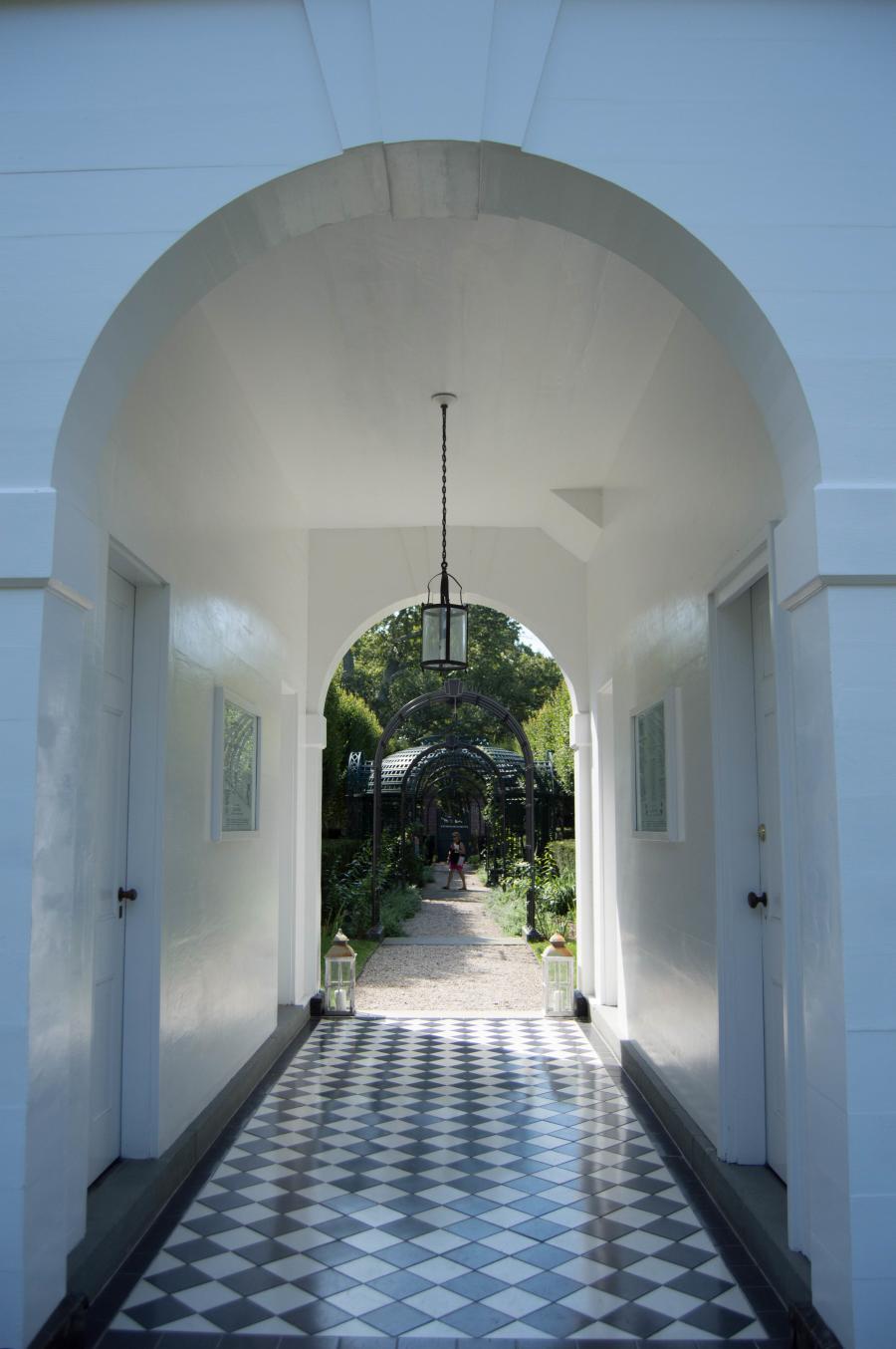 Newport Secret Garden Tour