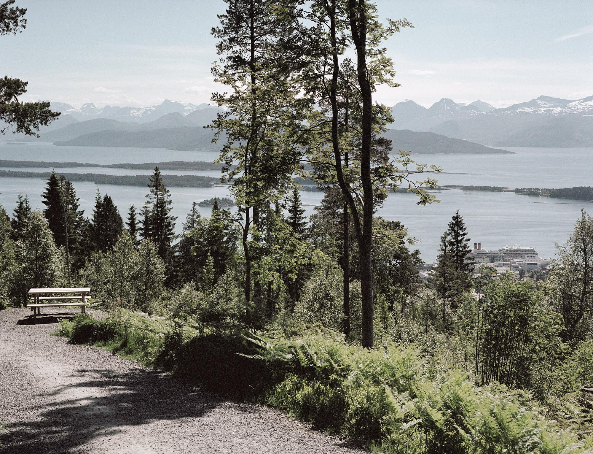 Gamle Vardeveien til Storlihytta i Molde