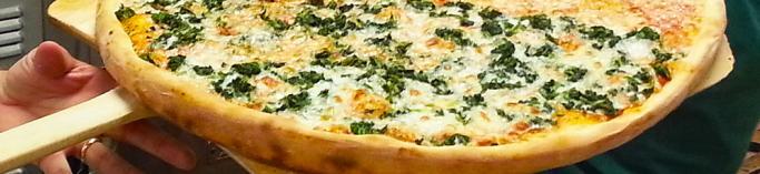 Queen's Pizza in Newark