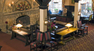 Lobby at Summit Inn_web