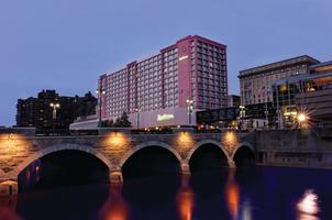 Radisson Hotel Rochester Riverside