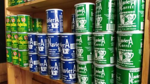 Naviera Coffee cans