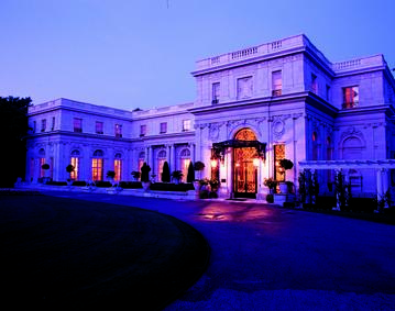 https://res.cloudinary.com/simpleview/image/upload/crm/newportri/Rosecliff-at-dusk-Ira-Kerns-0_df2df58b-5056-b3a8-49269f5f9262409a.jpg