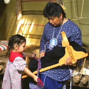 Haudenosaunee women at Ganondagon Historic Site