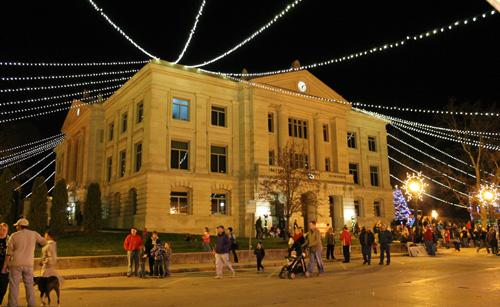 Christmas on the Square courthouse