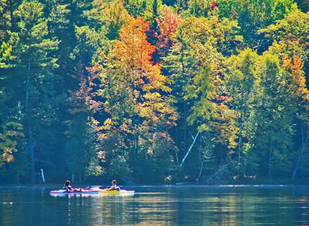 Kayakers on Spider Lake