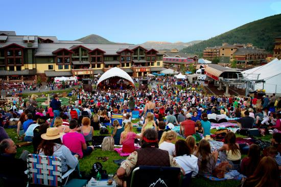 Canyons Village Summer Concert