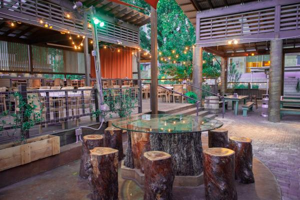 Uncle Billy's Patio