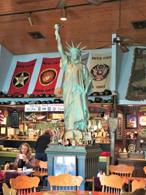 You won't find a restaurant more patriotic than Dave's!