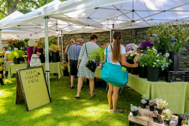 Aquidneck Growers' Farmers Market