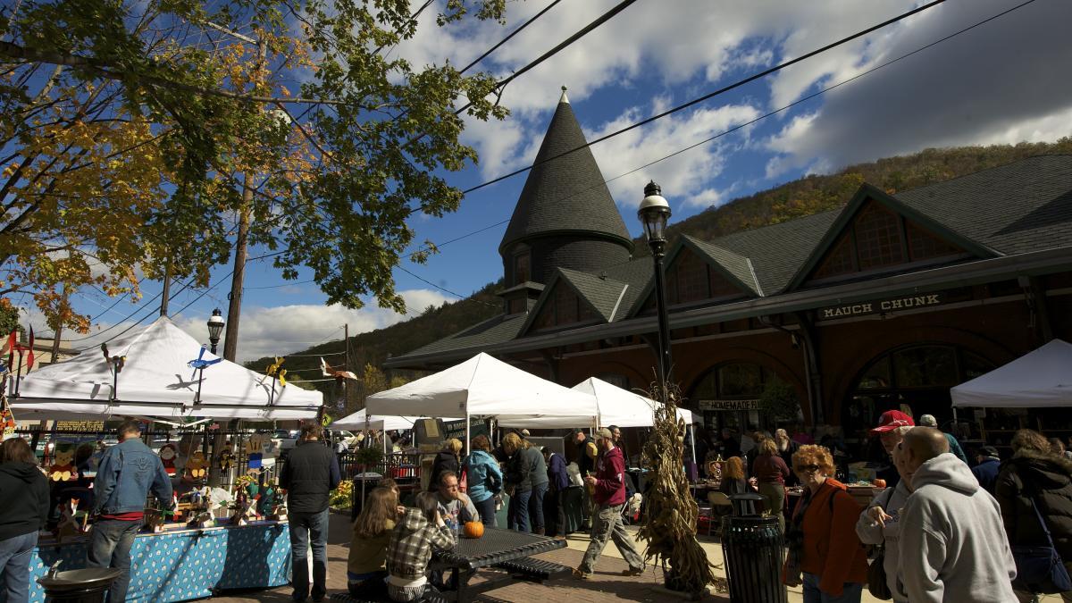 Fall Festivals in the Pocono Mountains
