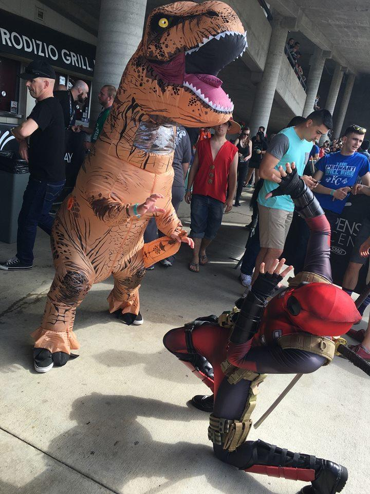 Pensacon - Deadpool - Dino