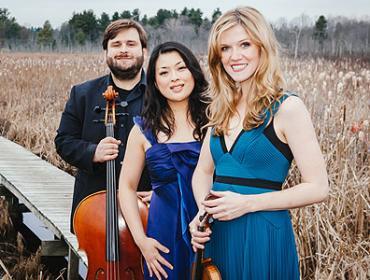 Live from Hochstein – Neave Trio