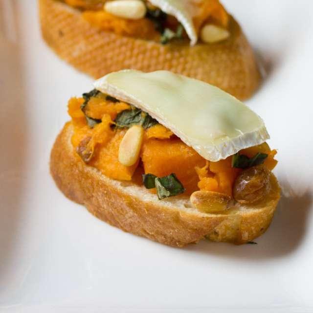 Sweet Potato and Brie Bruschetta #Recipe | ExploreAsheville.com