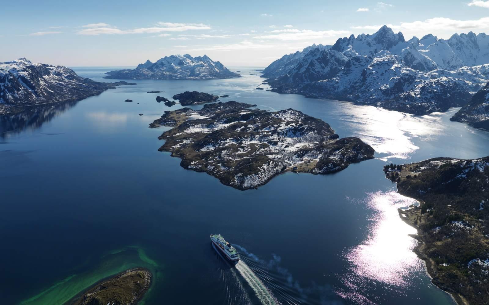 arctic norway videos part lofoten arrival with hurtigruten video